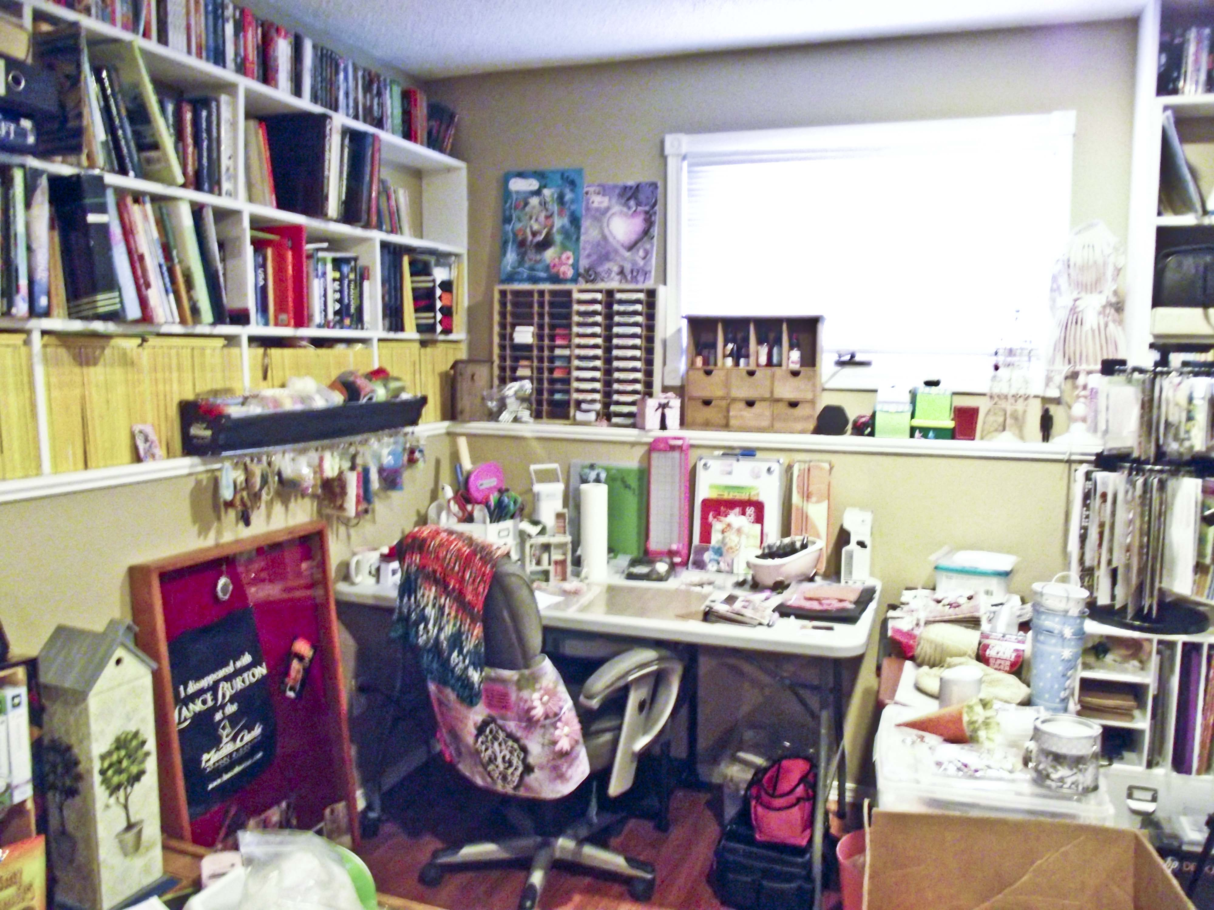 Craft Room Before3